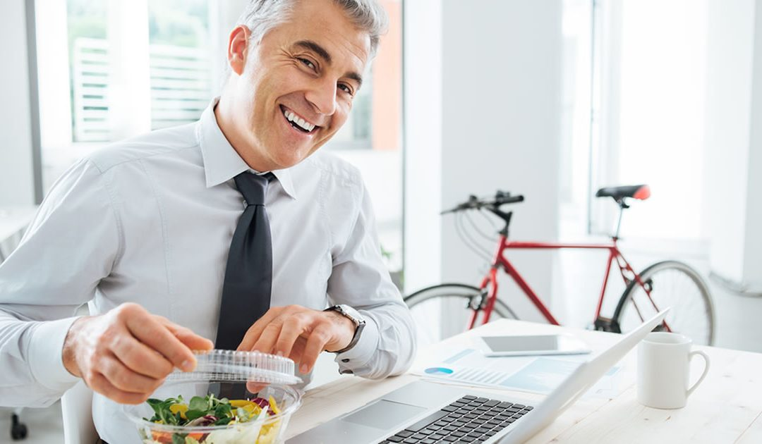 Tips for Staying Healthy When Working Behind a Desk All Day