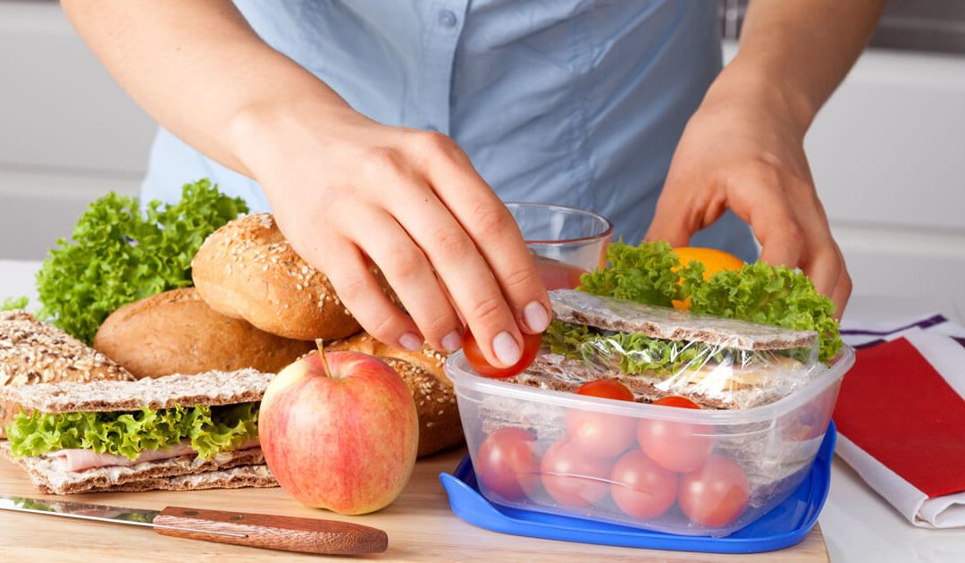 Tips for a Quick and Healthy Meal at the Office
